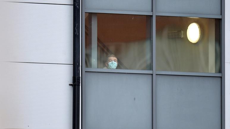 Times: до половины всех британцев могут заразиться коронавирусом