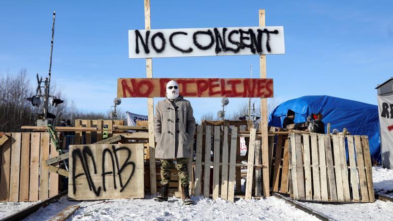 Le Monde: протесты канадских индейцев парализовали экономику страны