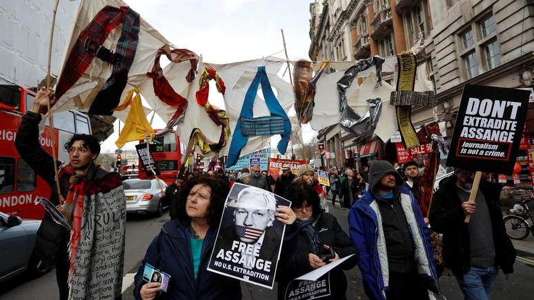 DLF: показательный процесс — немецкий юрист усомнился в беспристрастности британского суда над Ассанжем