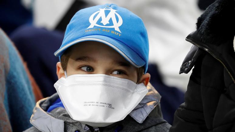 Libération: из-за коронавируса во Франции закрывают школы и опасаются «итальянского сценария»