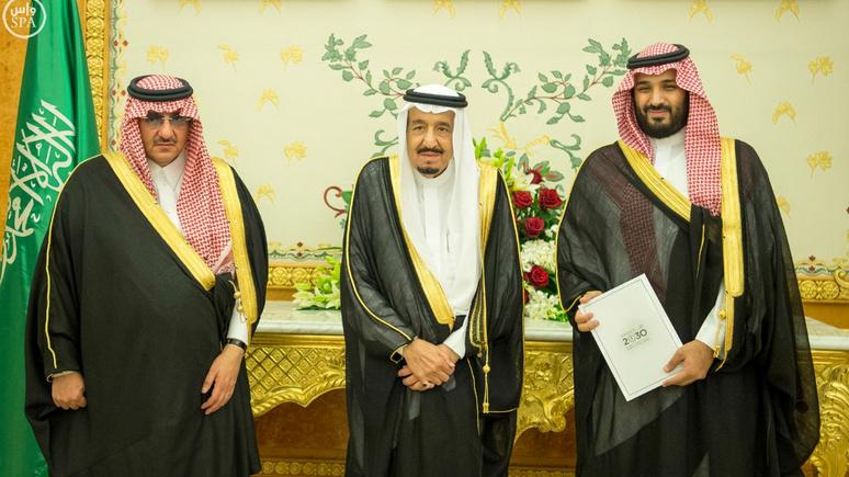 Guardian: наследный принц Саудовской Аравии в борьбе за власть арестовал двух родственников короля