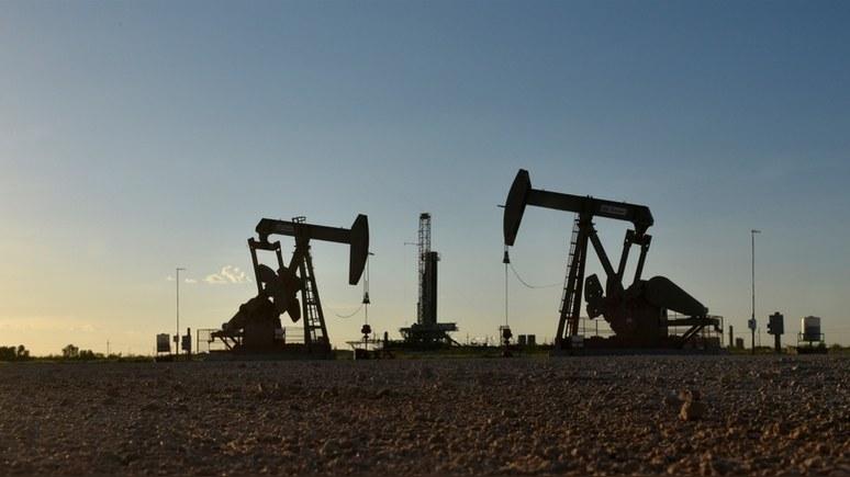 Bloomberg: коронавирус и ценовая война обрушили мировой рынок нефти