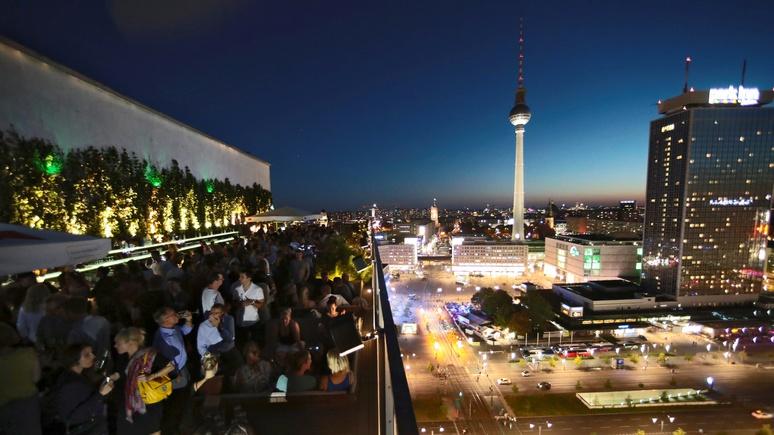 Welt: коронавирус убивает сердце Берлина — его ночную жизнь