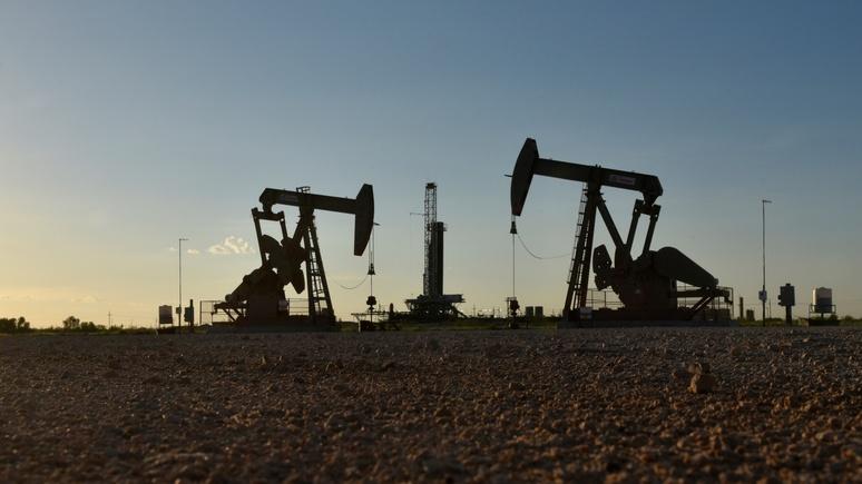 ABC: из-за коронавируса и «нефтяной войны» чёрное золото с начала года подешевело вдвое