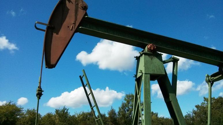 Time: «нефтяная война» рано или поздно закончится — и производство сланцевой нефти в США возобновится