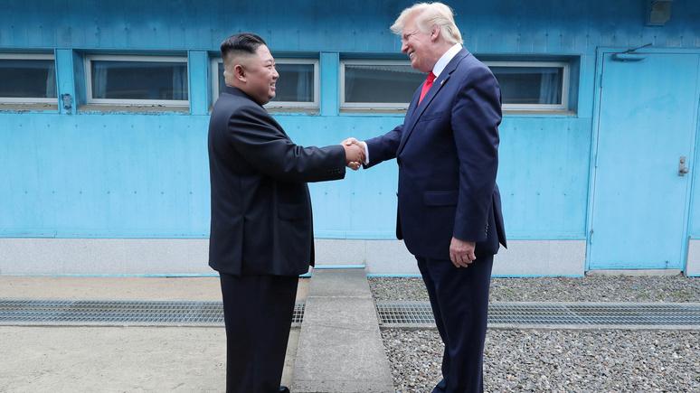 CNN: в письме Ким Чен Ыну Трамп предложил вместе бороться с коронавирусом