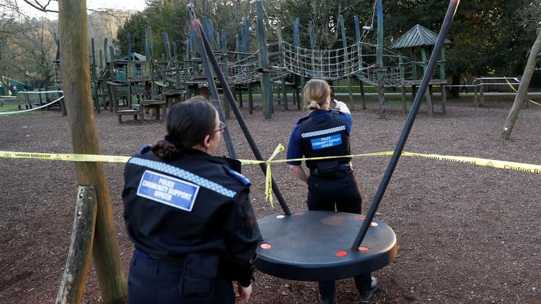 Times: нарушителей карантина в Британии отслеживают дронами и ловят на КПП