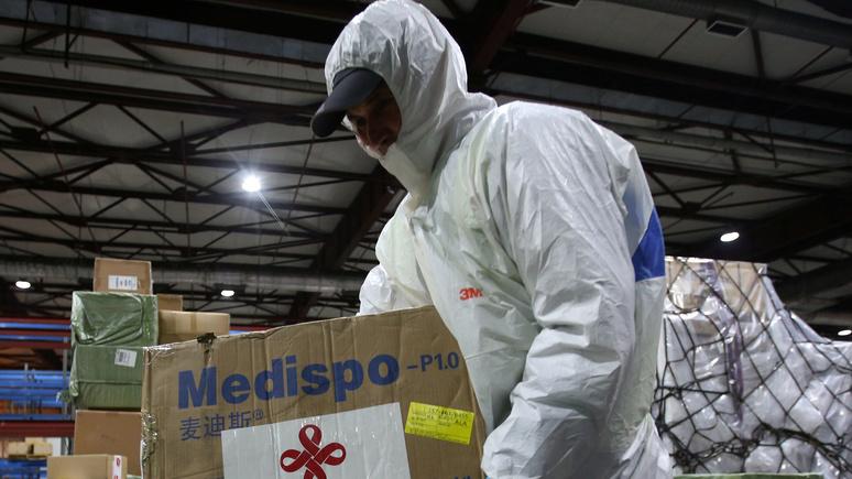 Bloomberg: Пекин отверг обвинения США в сокрытии масштабов эпидемии