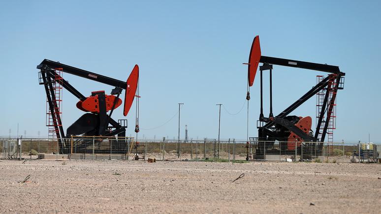 Экономист: Вашингтону нельзя бороться с «ценовой войной» — дорогая нефть ему ни к чему