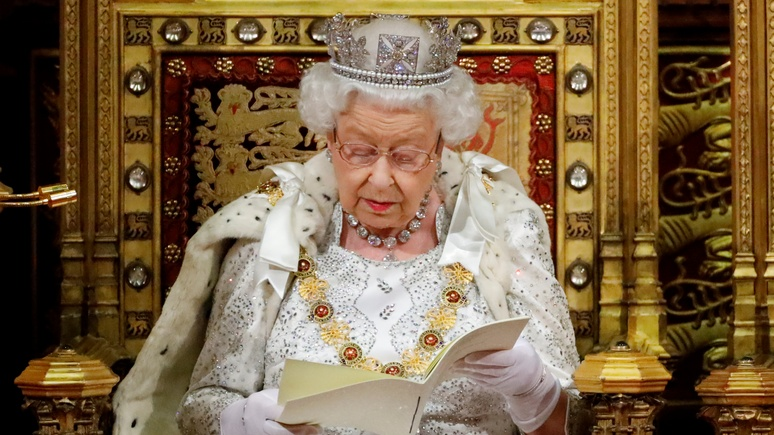 Daly Mail: «Пасха нам нужна как никогда» — Елизавета II обратилась к нации