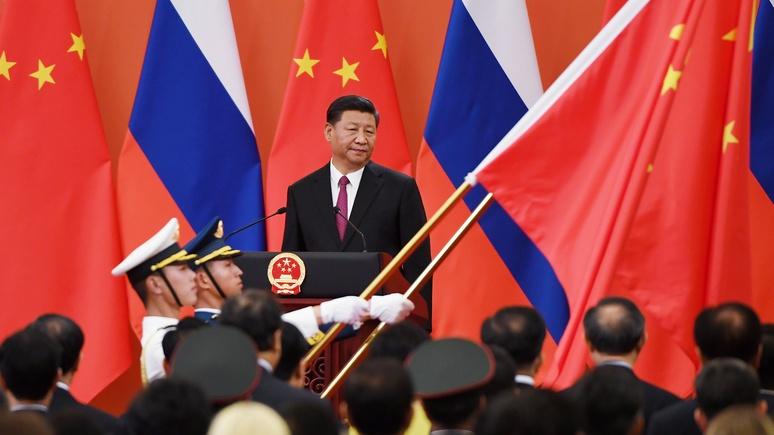 Журналиста Polityka тревожит, что Запад в условиях пандемии забыл об «агрессивной России и экспансивном Китае»
