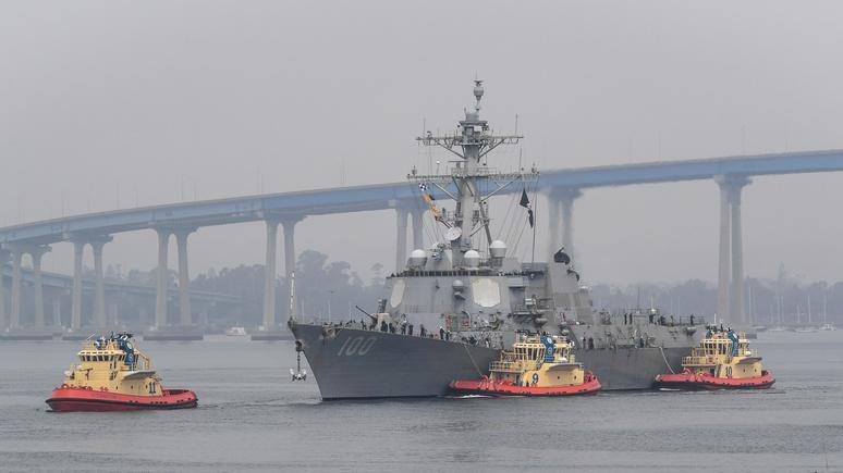 Fox News: американский эсминец вынужденно причалил в Сан-Диего из-за вспышки коронавируса на борту