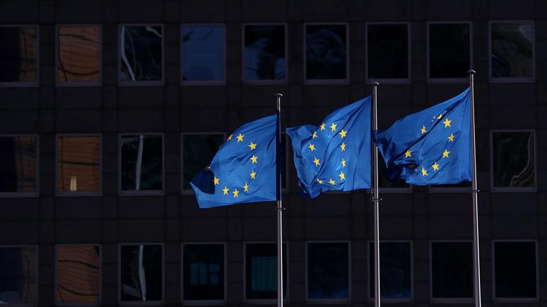 Le Monde: коронавирусный кризис положил конец американскому лидерству и европейскому единству