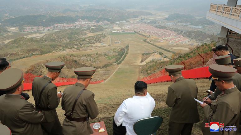 Times: Северная Корея строит большую базу для ядерных ракет