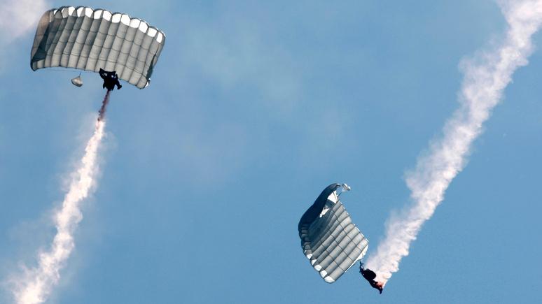 Welt: бундесверу пришлось арендовать для учений американские парашюты — своих не хватило