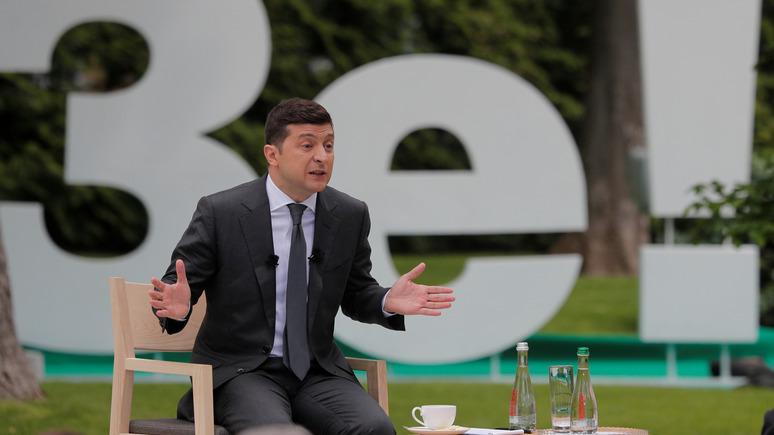 Ни провалов, ни побед: эксперт оценил первый год президентства Зеленского