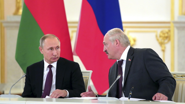 Onet: в условиях коронавируса Лукашенко действует наперекор Путину