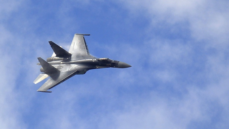 WT: российские Су-35 обвинили в «небезопасном и непрофессиональном» перехвате американского разведчика