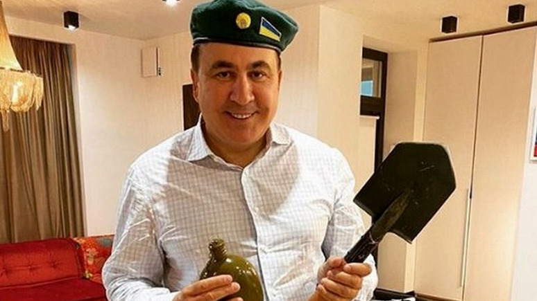 СТРАНА: Саакашвили поздравил украинцев с Днём советского пограничника