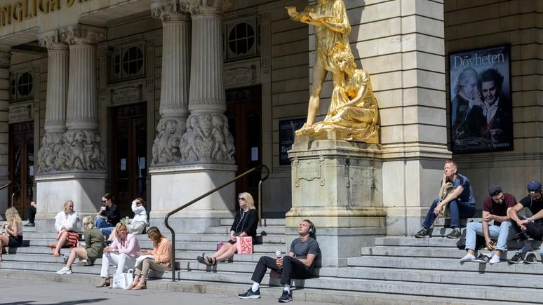 Berlingske: экс-эпидемиолог Швеции призывает скорректировать стратегию против коронавируса