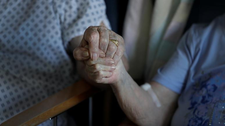 Guardian: у Великобритании оказалась самая высокая смертность от Covid-19 в Европе