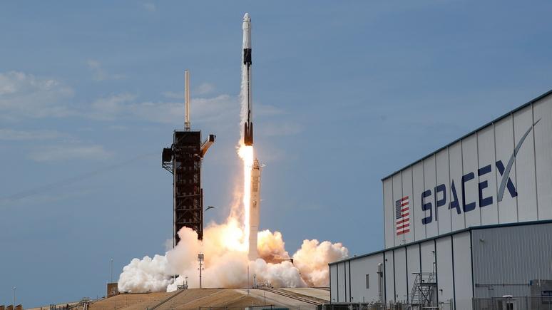 Ouest-France: в ответ на запуск от SpaceX Россия пообещала полёты на Луну