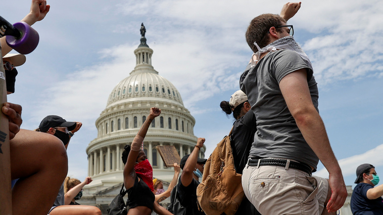 Историк из США о расовых протестах: мы слышим «предсмертные хрипы» старой Америки