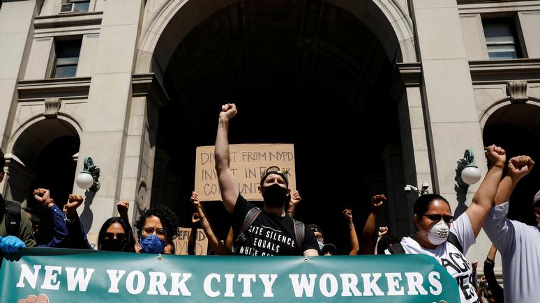 NYT: «И на следующий день!» — такого масштаба протестов в США не было несколько десятилетий
