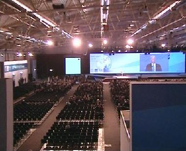 روسيا تعرب عن رغبتها في تأمين الحاجة الدولية للطاقة