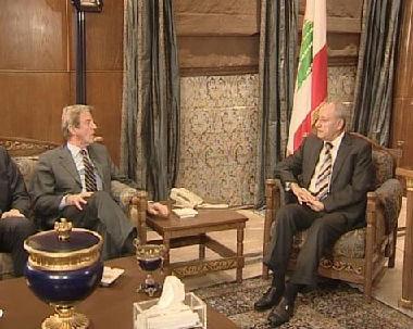 كوشنير يكثف لقاءاته في لبنان