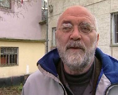 شكيلزين ماليتشي محلل سياسي في كوسوفو