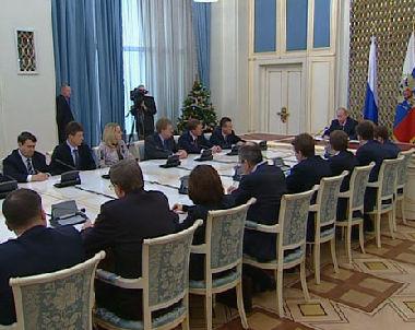 الرئيس الروسي في اجتماع للحكومة