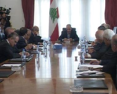 رئيس مجلس النواب اللبناني يترأس اجتماعاً