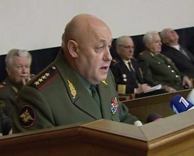 الجنرال بالويفسكي : تصريحات بوتين تشكل مرجعية لنا