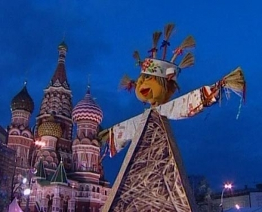 الاحتفال بأسبوع المرافع (ماسلينيتسا) في روسيا