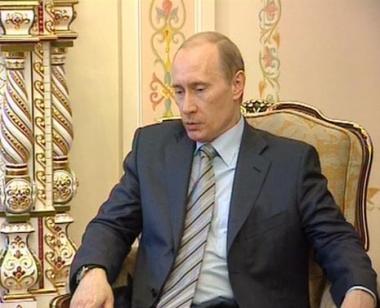 بوتين ومدفيديف يؤكدان مع ميركل التعاون الاستراتيجي لبلديهما