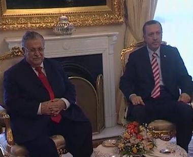 الطالباني يدعو من انقرة لاقامة علاقات استراتيجية مع تركيا