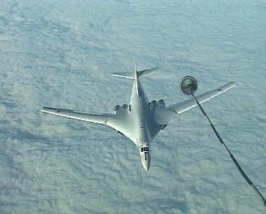 قاذفات استراتيجية روسية تطلق صواريخ مجنحة