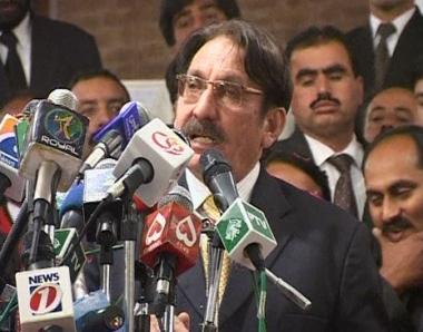 باكستان: تواصل المطالبة بإعادة القضاة إلى مناصبهم