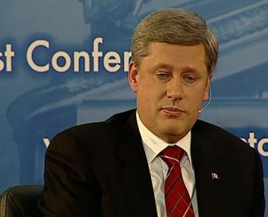 كندا تربط العدول عن سحب قواتها من أفغانستان بدعم الحلفاء