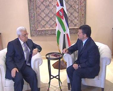 عباس يبحث مع العاهل الأردني تطورات عملية السلام