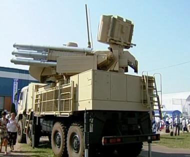 وفد سوري يزور مصنع سلاح روسي