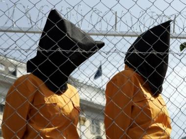 الإفراج عن 3 سودانيين من معتقل غوانتانامو