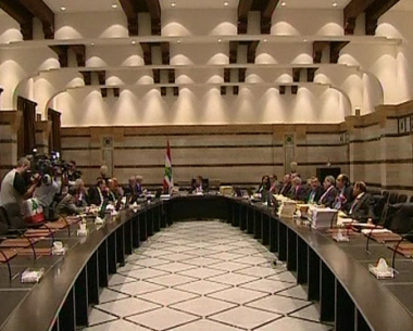 الحكومة اللبنانية تهاجم شبكة اتصالات