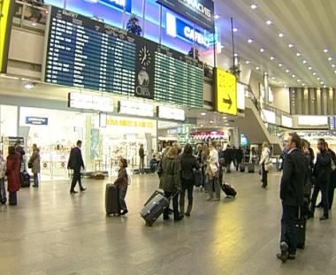 الدوما يقر تعديلات تسهل دخول الأجانب إلى روسيا