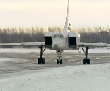 روسيا تحذر الناتو من اقتراب مقاتلاته من قاذفاتها