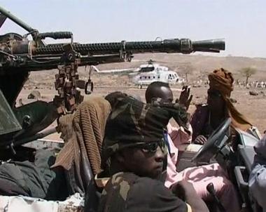 السودان يتهم وتشاد تنفي والمتمردون يهددون باجتياح العاصمة