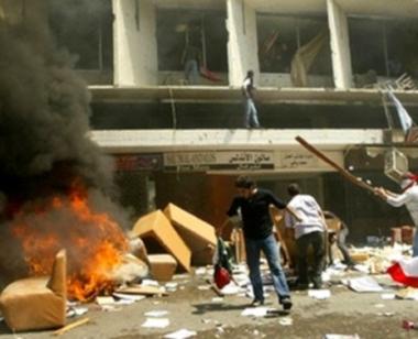 تجدد الاشتباكات في طرابلس والوفد العربي يؤجل زيارته