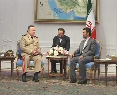 نجاد يلتقي تركماني ومشعل في طهران