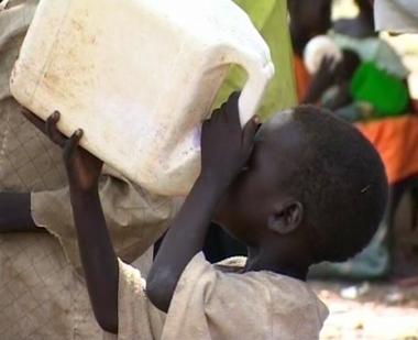 السودان على شفا حرب أهلية وسط سوء في الحالة المعيشية